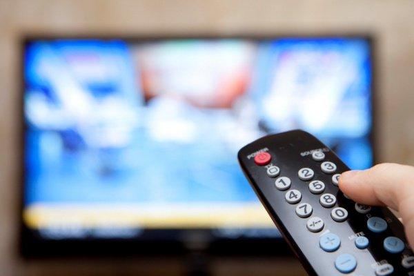 Гостелеканалы Таджикистана наложили табу наоткровенные сцены вфильмах— ихбудут «вырезать»