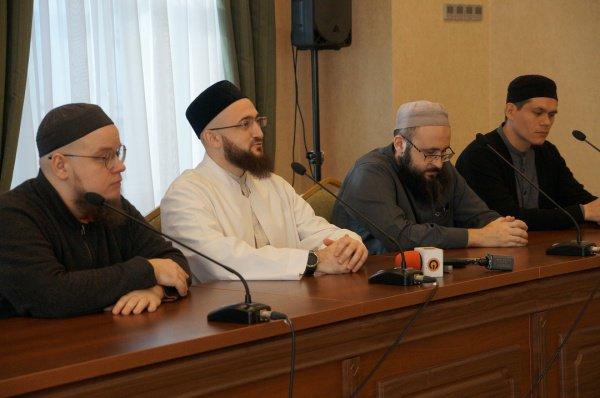 Камиль Самигуллин на церемонии открытия молодежного форума ДУМ РТ.