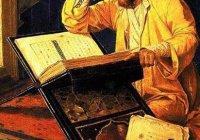 За что Абу Ханифа получил прозвище «вкопанный как столб»?