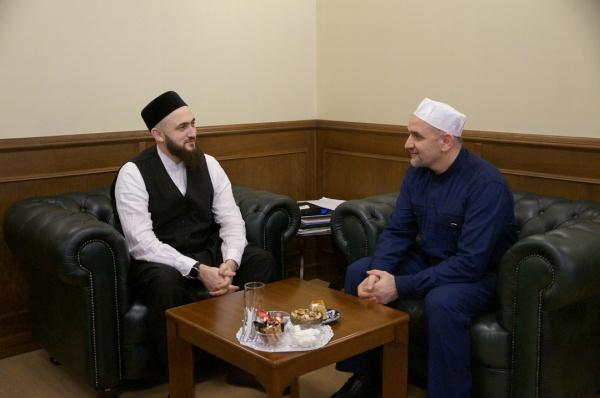 Камиль Самигуллин ознакомил гостей с деятельностью ДУМ РТ.