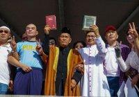 Мусульмане и христиане помолились вместе в знак протеста против террора