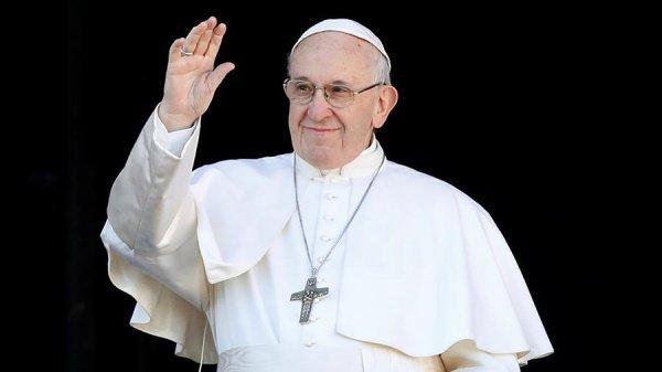 Папа Римский выступил перед католиками ОАЭ.