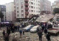 В Стамбуле рухнул восьмиэтажный жилой дом, есть жертвы