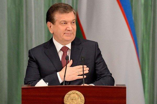 Узбекских артистов упрекнули в излишней симпатии к Шавкату Мирзиееву.