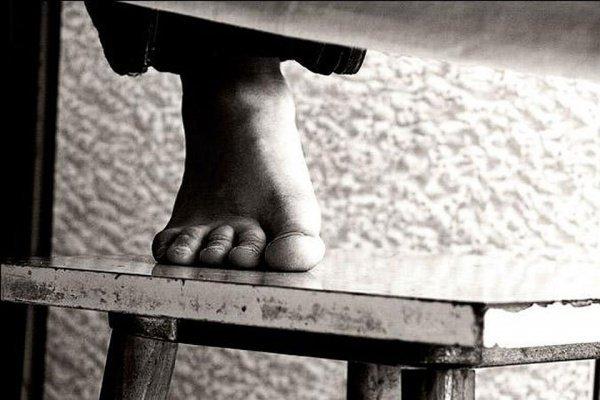 На коллегии киргизского минобра обсудили проблему детских суицидов.