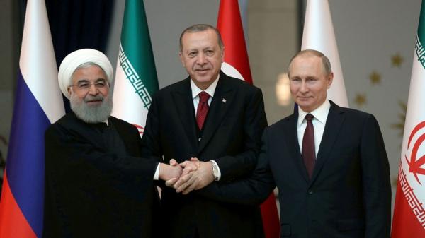 В Сочи продолжается четвертый саммит стран-гарантов астанинского процесса.