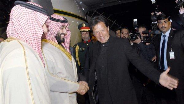 Принц Мухаммед и Имран Хан.