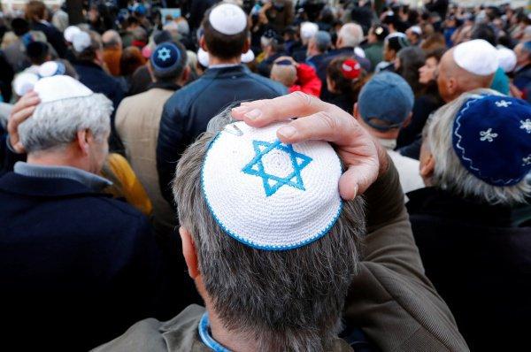 В мире продолжает расти число антисемитских инцидентов.