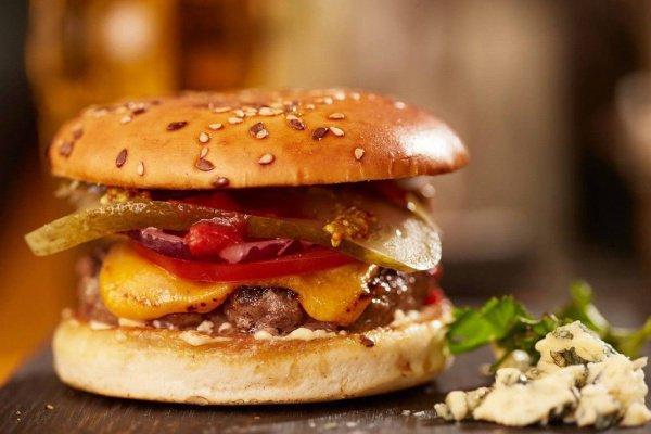 Бургер со свининой стал причиной судебного разбирательства.