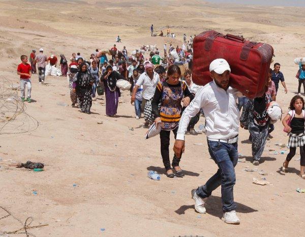 Мирные жители покинули последний оплот террористов.